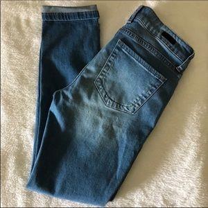 Kut from Kloth Catherine Boyfriend Petite Jeans4P